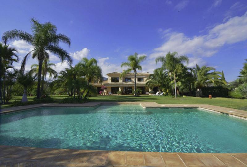 4-bed-Detached Villa for Sale in La Quinta