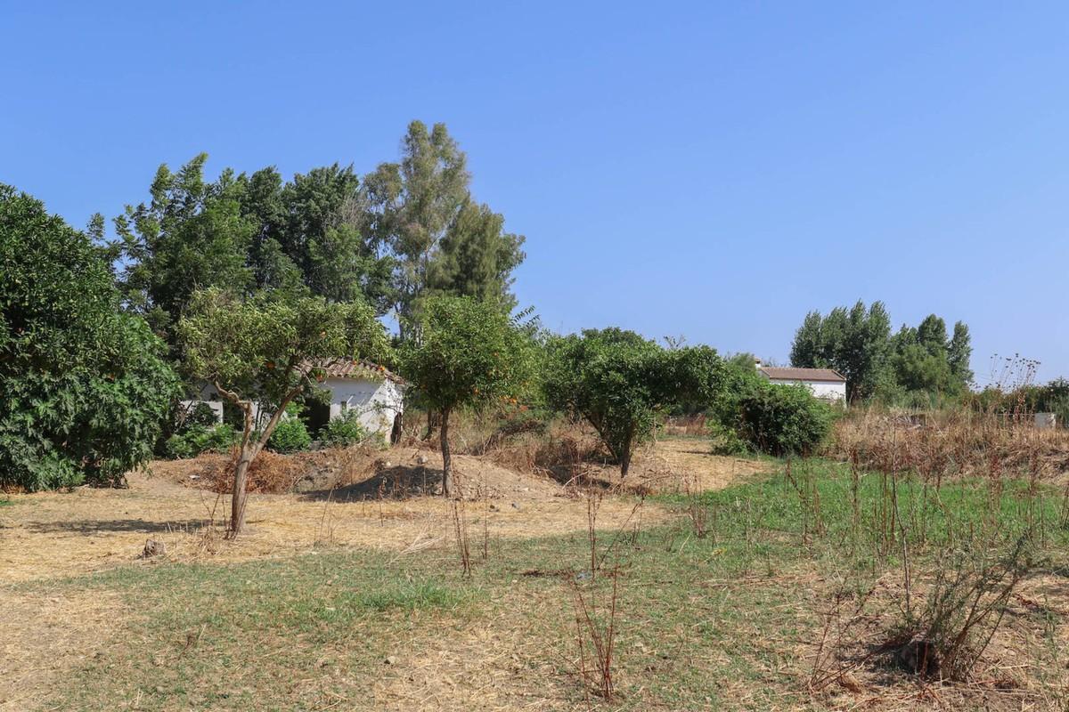 0-bed-Land Plot for Sale in Coín