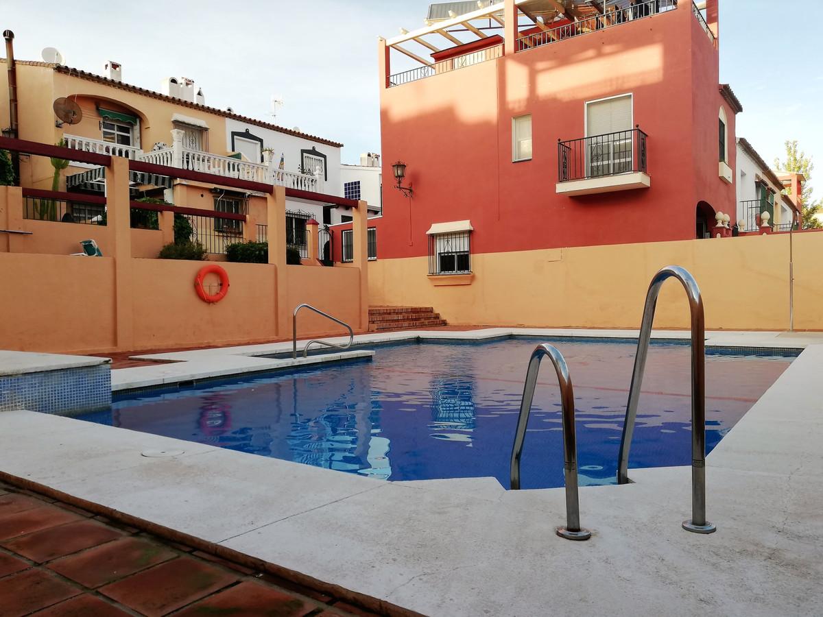 Townhouse, Las Lagunas, Costa del Sol. 3 Bedrooms, 2 Bathrooms, Built 114 m², Terrace 15 m².  Settin,Spain