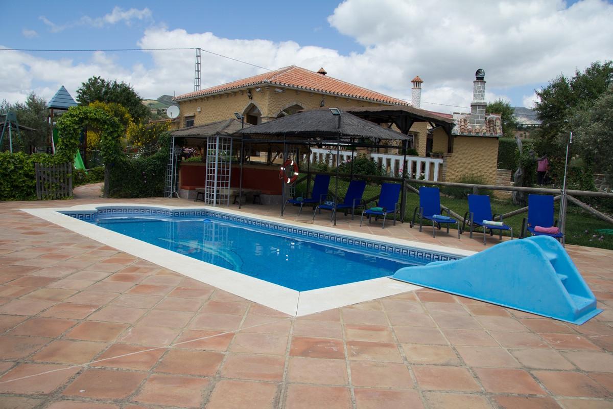Finca - Cortijo, Villanueva del Rosario, Costa del Sol. 3 Bedrooms, 2 Bathrooms, Built 125 m², Terra,Spain