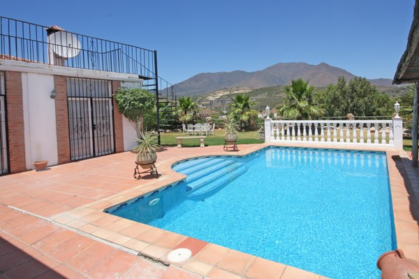 This villa is located west of Estepona on the Estepona Golf course. This front line golf property ov,Spain