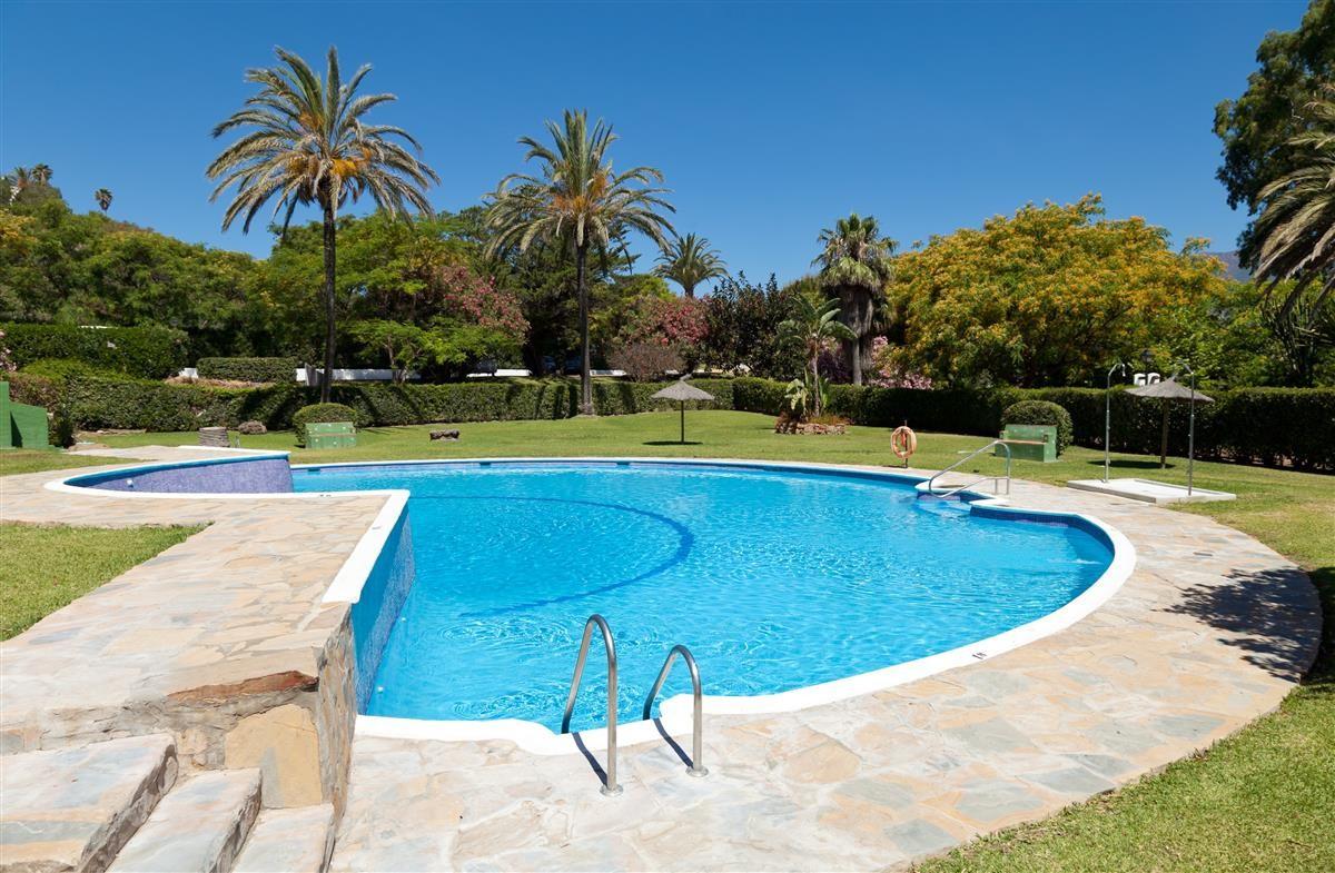 Apartment in Estepona R3328825 11