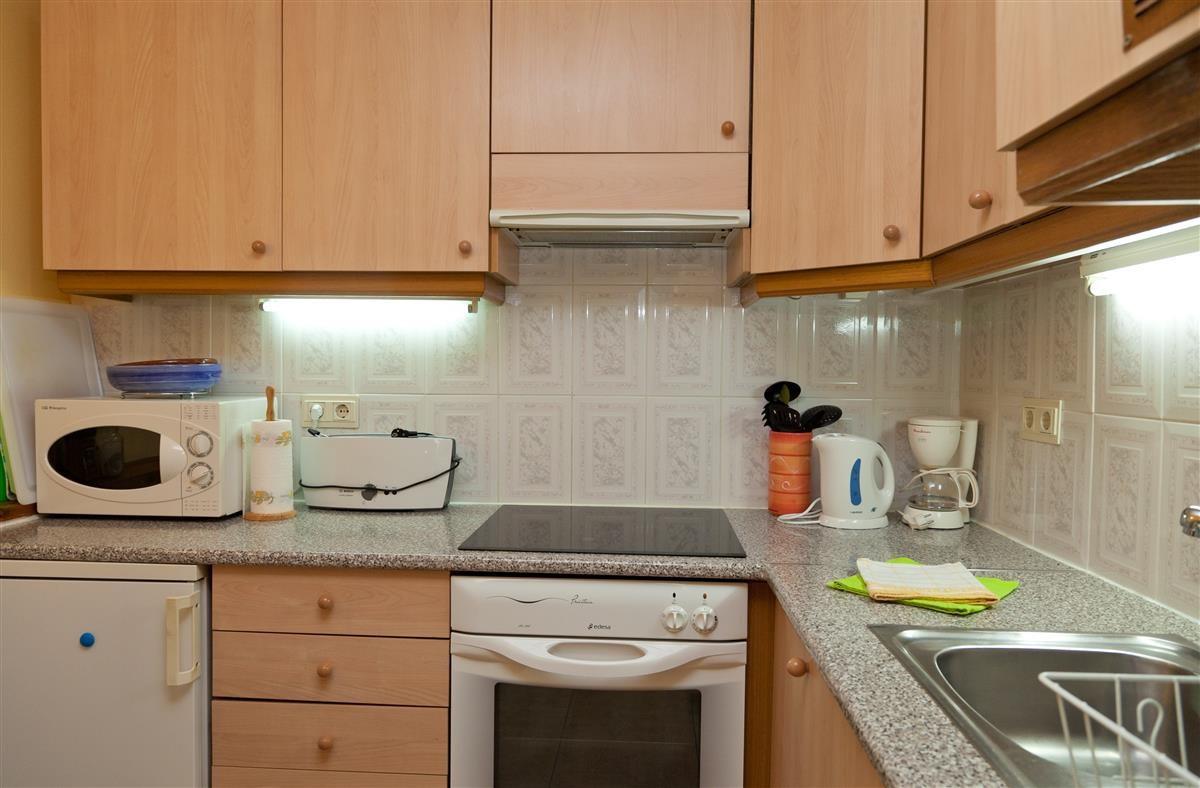 Apartment Middle Floor Estepona Málaga Costa del Sol R3328825 5