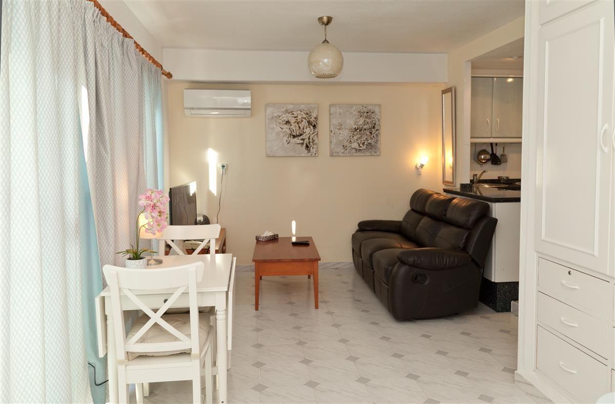 R3271093: Apartment for sale in Estepona