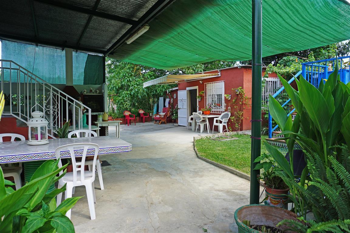 2 bed Villa for sale in Coín