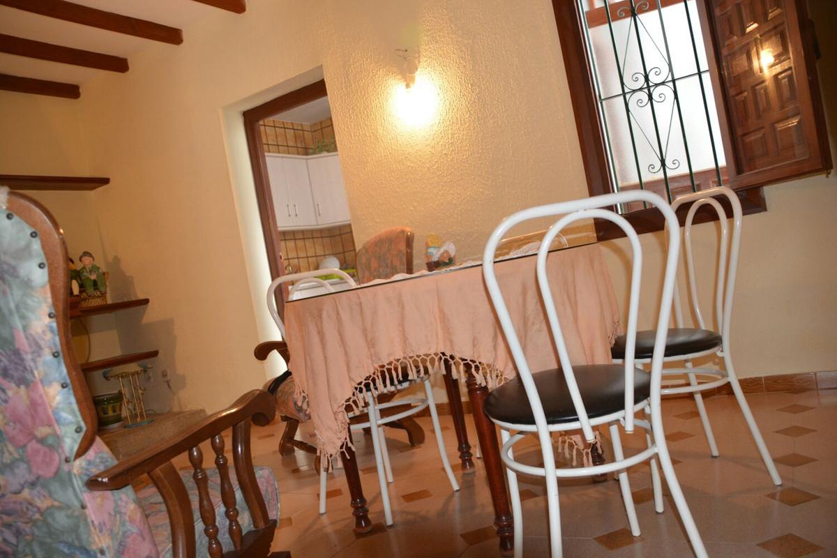 3 bed Villa for sale in Mijas
