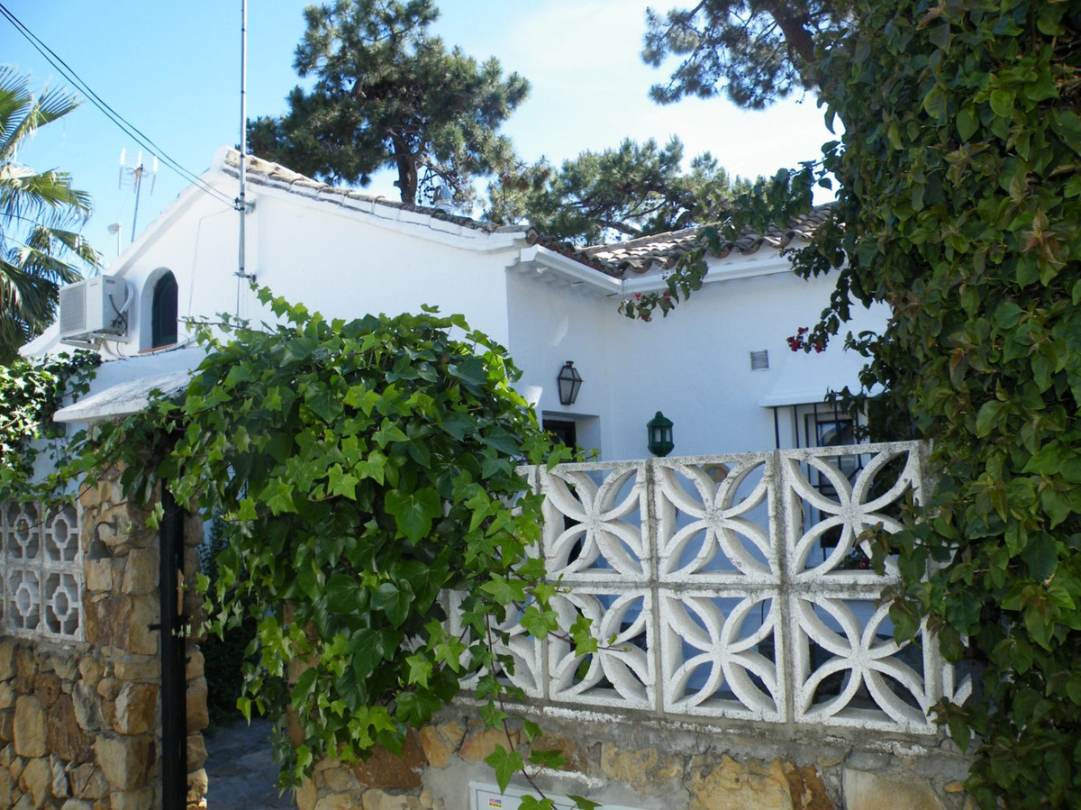 1 bed Villa for sale in Las Chapas