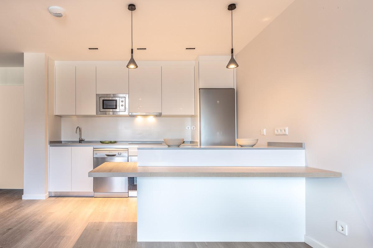 Apartment in Estepona R3308206 5