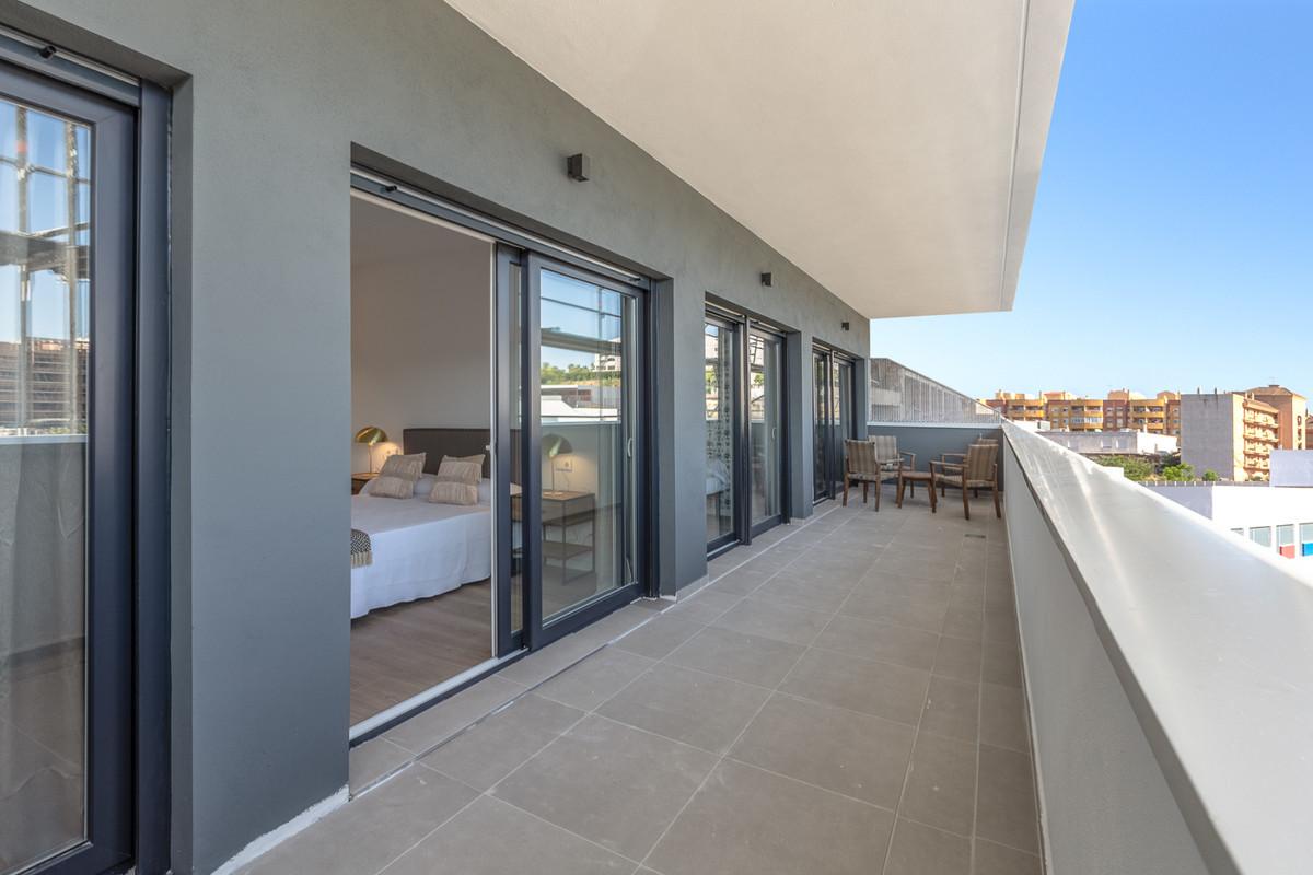 Apartment in Estepona R3308206 6