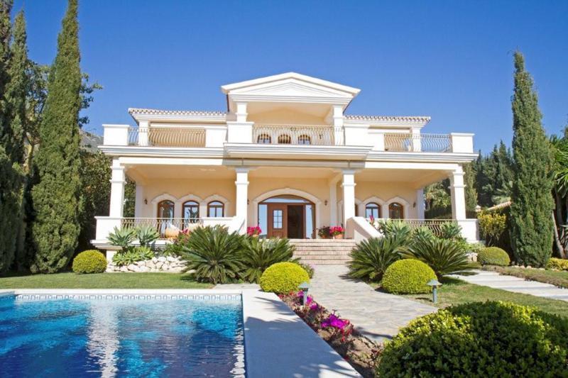 Villa  Independiente en alquiler  en Sierra Blanca