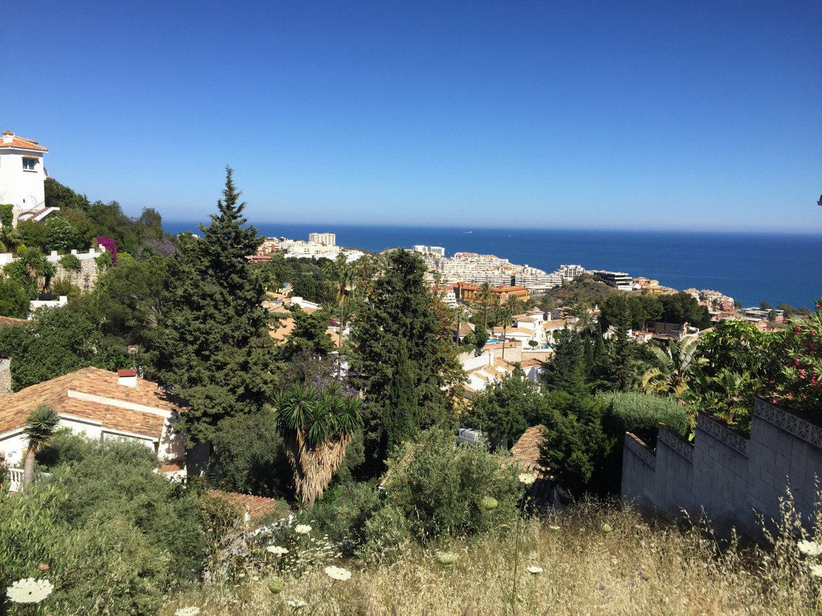 Plot in TORREMUELLE, BENALMADENA with open Panoramic Sea Views! Can build two floors from the street,Spain