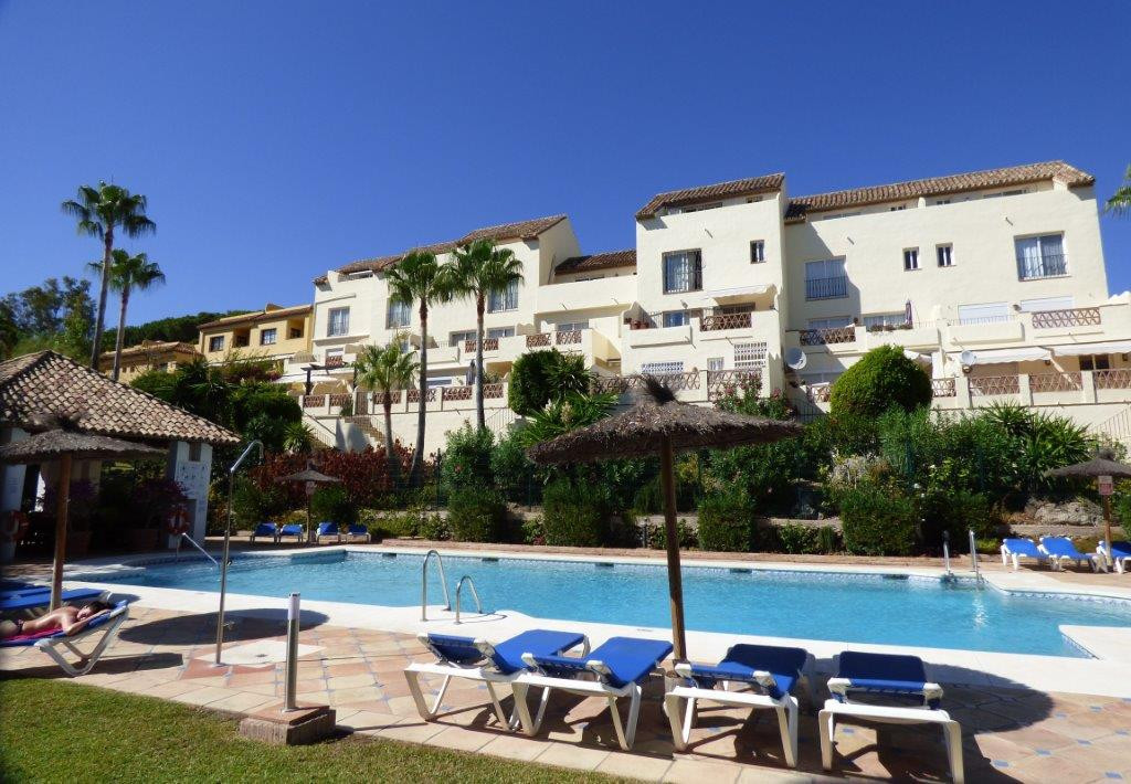 With a unique location close to Marbella (3.5km) and Puerto Banus (3km) and in walking distance to t,Spain