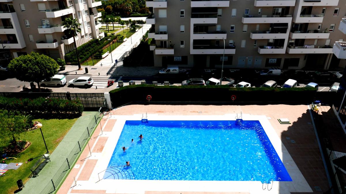 Middle Floor Apartment, La Campana, Costa del Sol. 4 Bedrooms, 2 Bathrooms, Built 105 m², Terrace 15,Spain