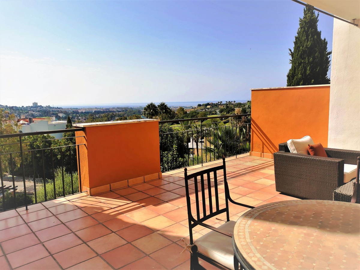 Beautiful elevated Ground floor apartment, located in La Quinta Golf, near the Westin La Quinta Hote,Spain