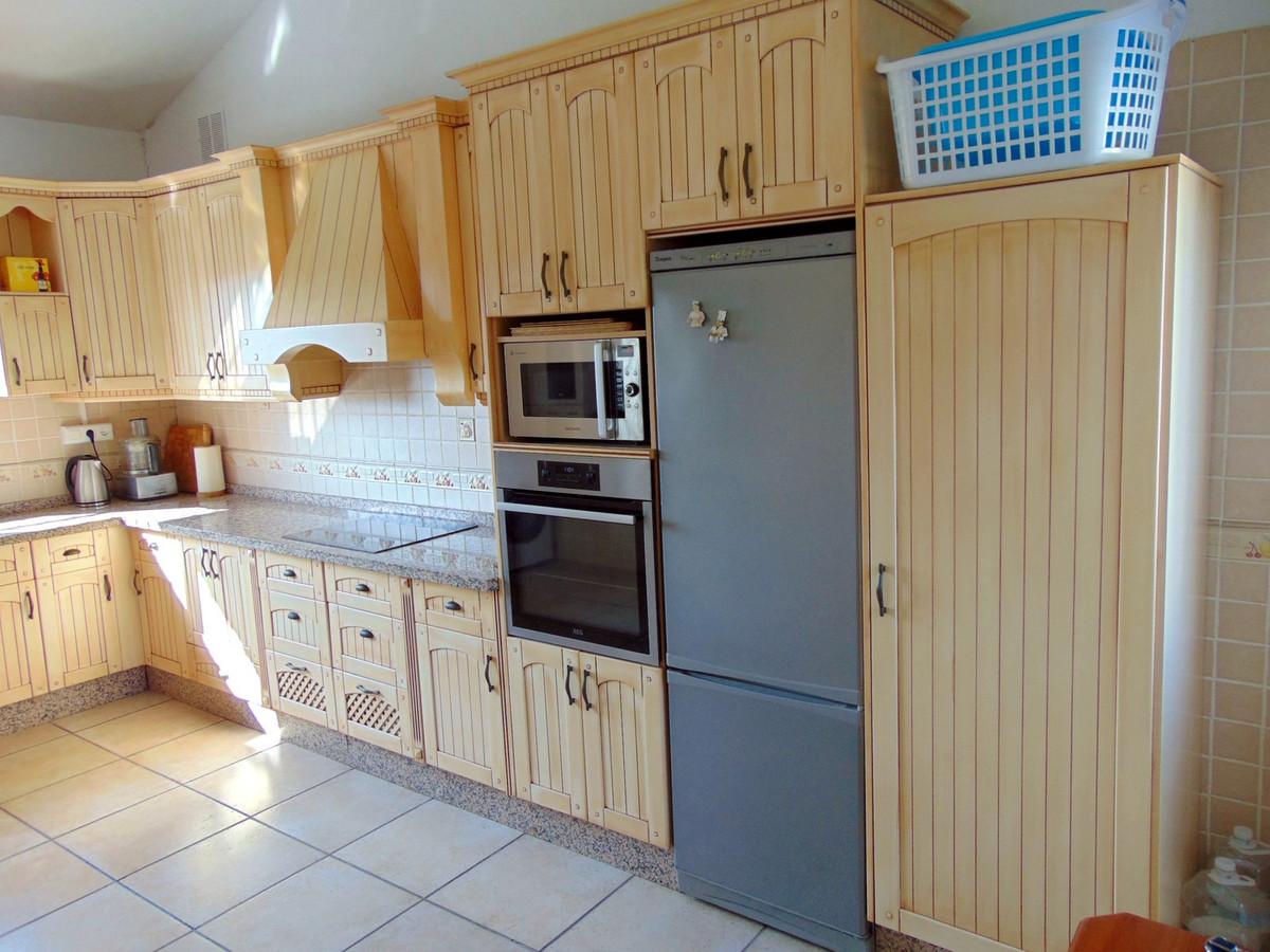 House in Alhaurín el Grande R3711326 14