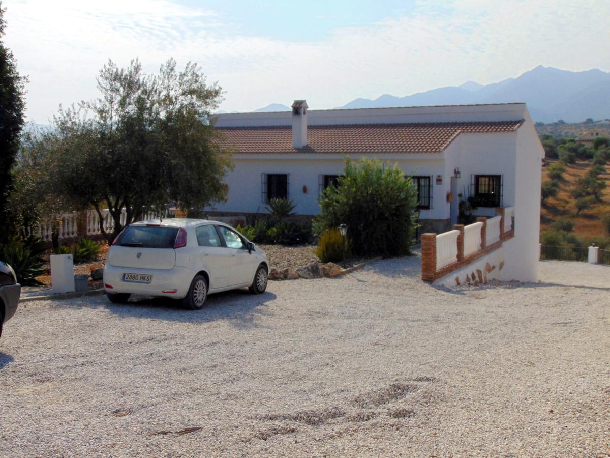 House in Alhaurín el Grande R3711326 38