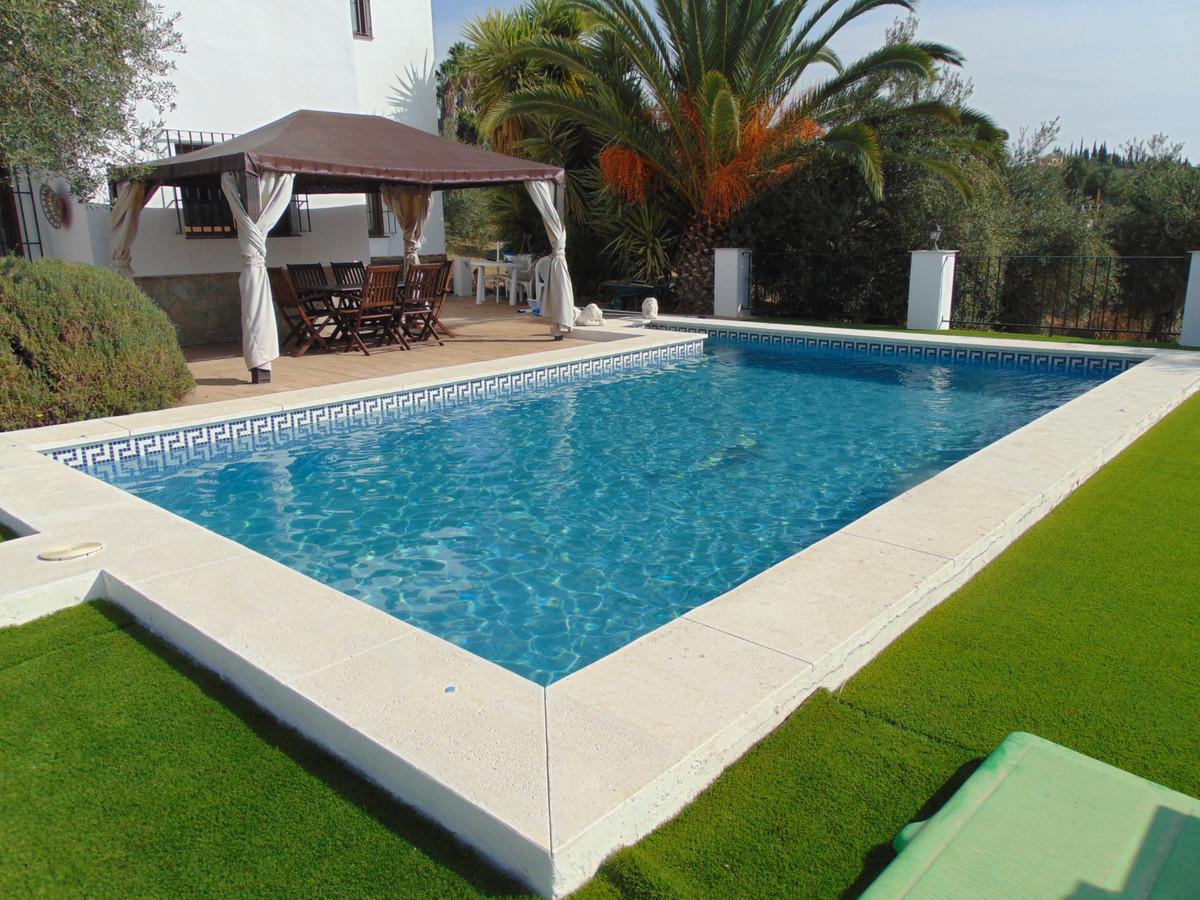 House in Alhaurín el Grande R3711326 4