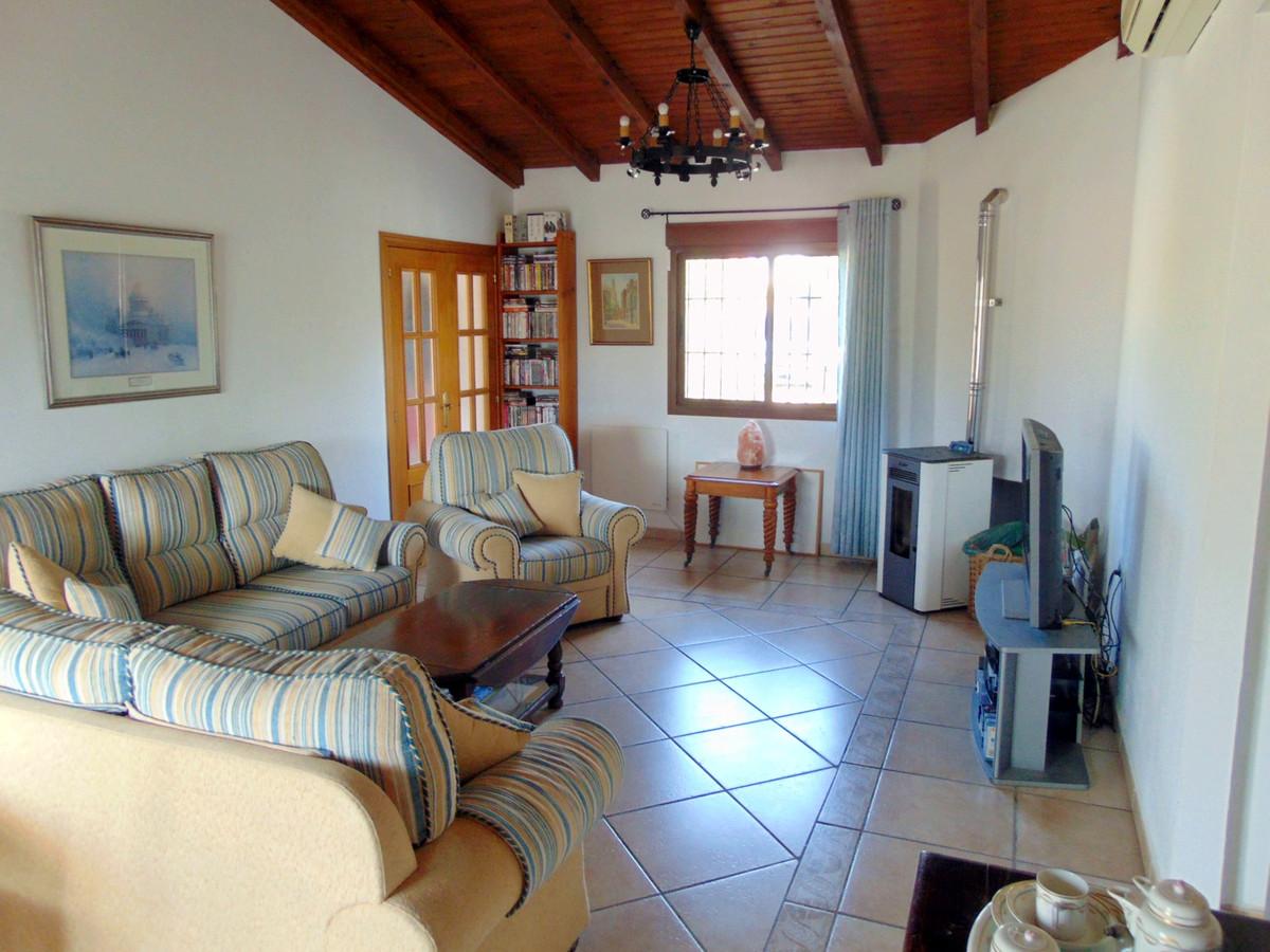 House in Alhaurín el Grande R3711326 5