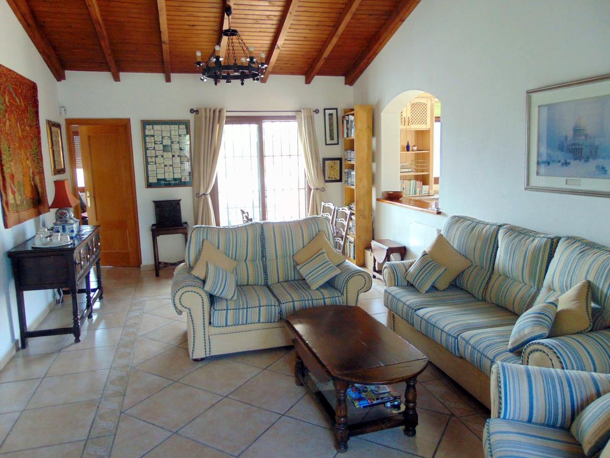 House in Alhaurín el Grande R3711326 6