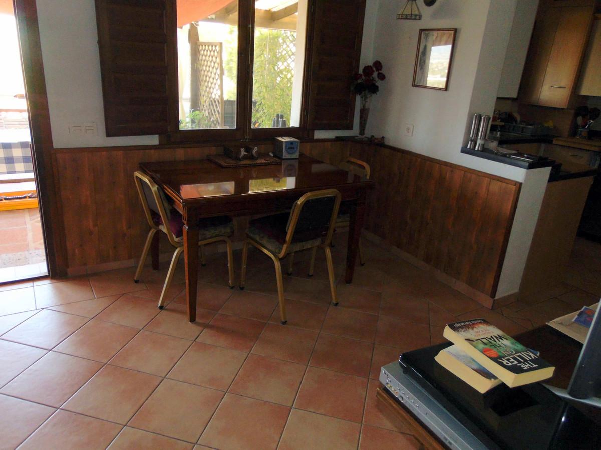 House in Alhaurín el Grande R3731905 11