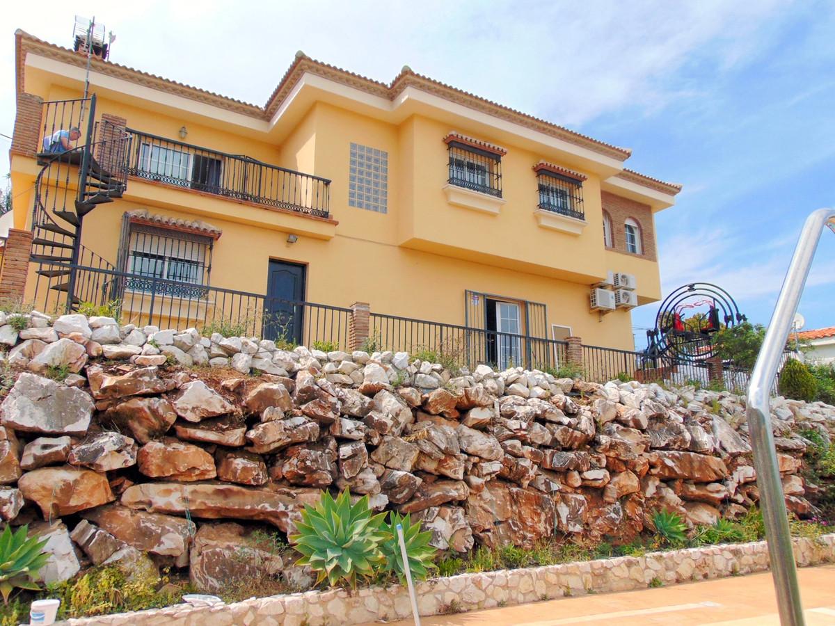 House in Alhaurín de la Torre R3837022 1