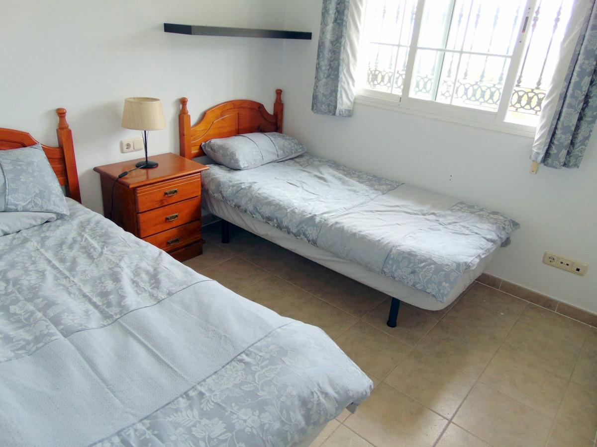 House in Alhaurín de la Torre R3837022 10