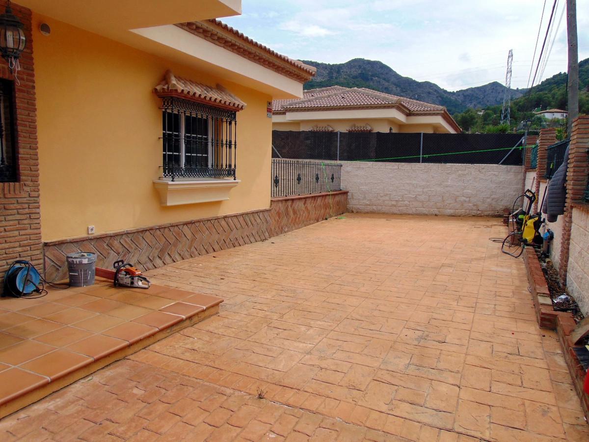 House in Alhaurín de la Torre R3837022 25