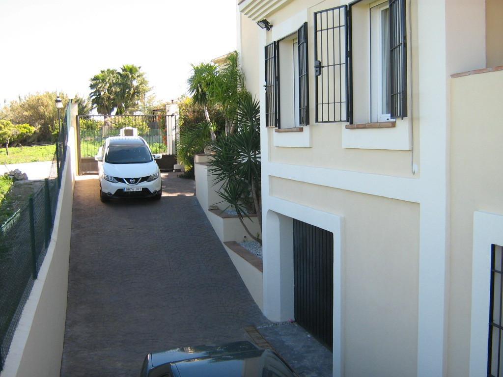 House in Alhaurín el Grande R2652968 32