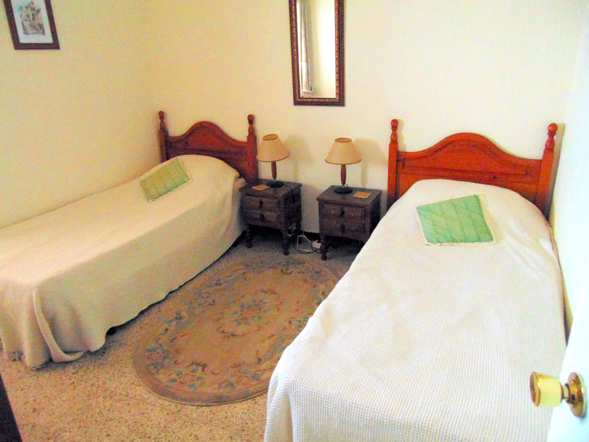 Unifamiliar con 3 Dormitorios en Venta Alhaurín el Grande