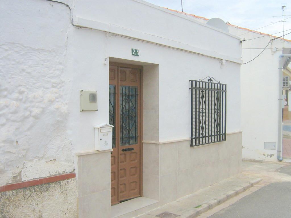 Villa Independiente 2 Dormitorio(s) en Venta Humilladero
