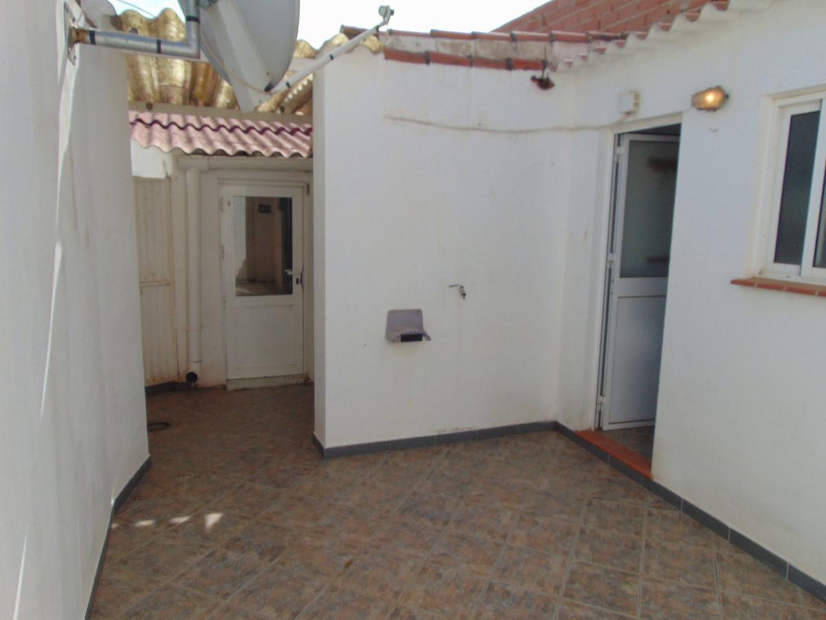 2 Dormitorio Independiente Villa En Venta Humilladero