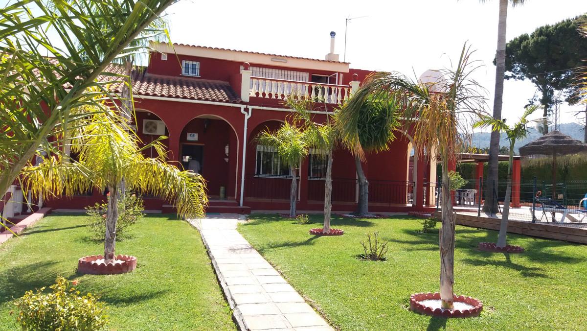 Detached Villa, Alhaurin de la Torre, Costa del Sol. 7 Bedrooms, 4 Bathrooms, Built 350 m², Terrace ,Spain