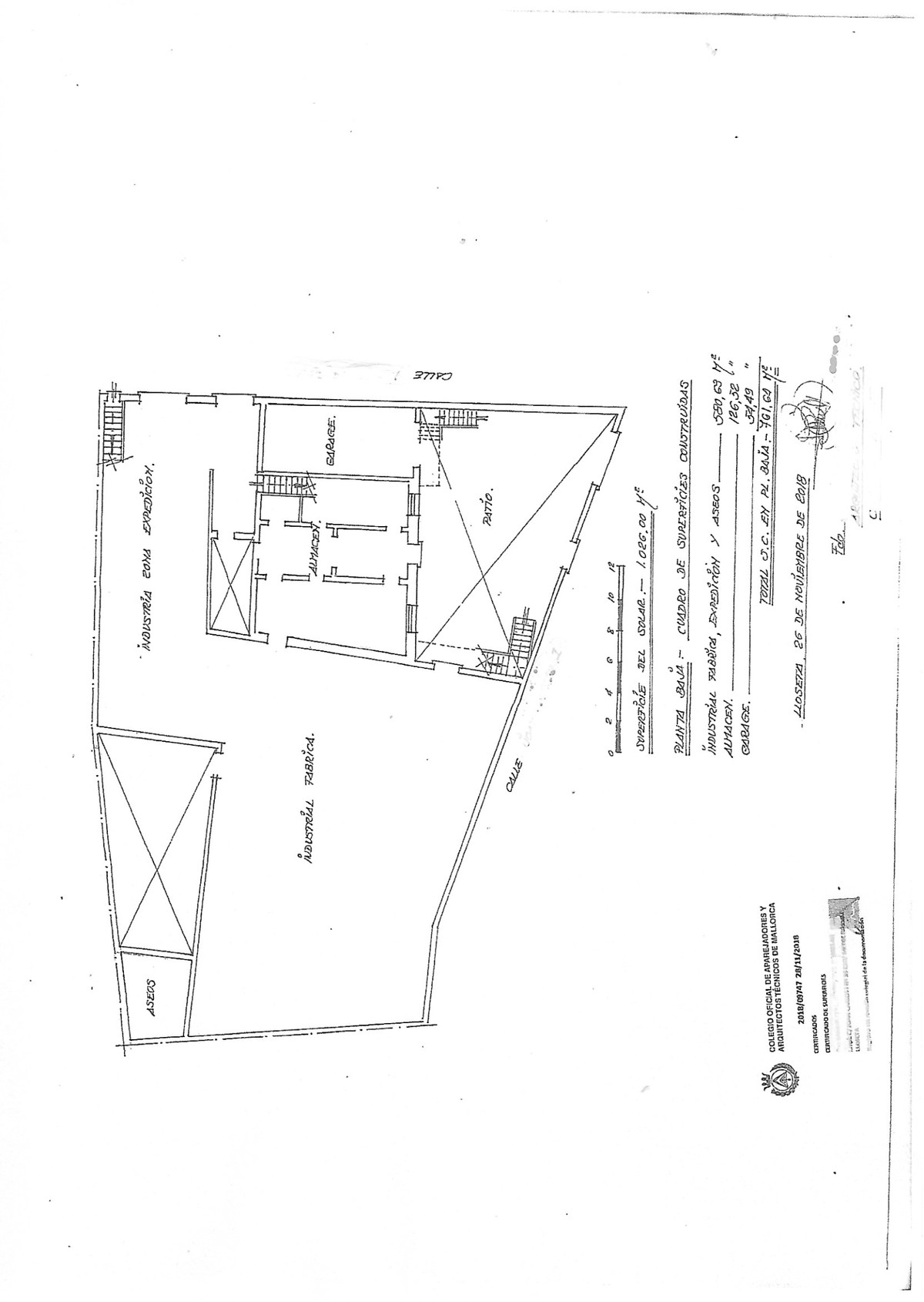 Industrial estate with garage and 2 apartments to be redeveloped completely.,Spain