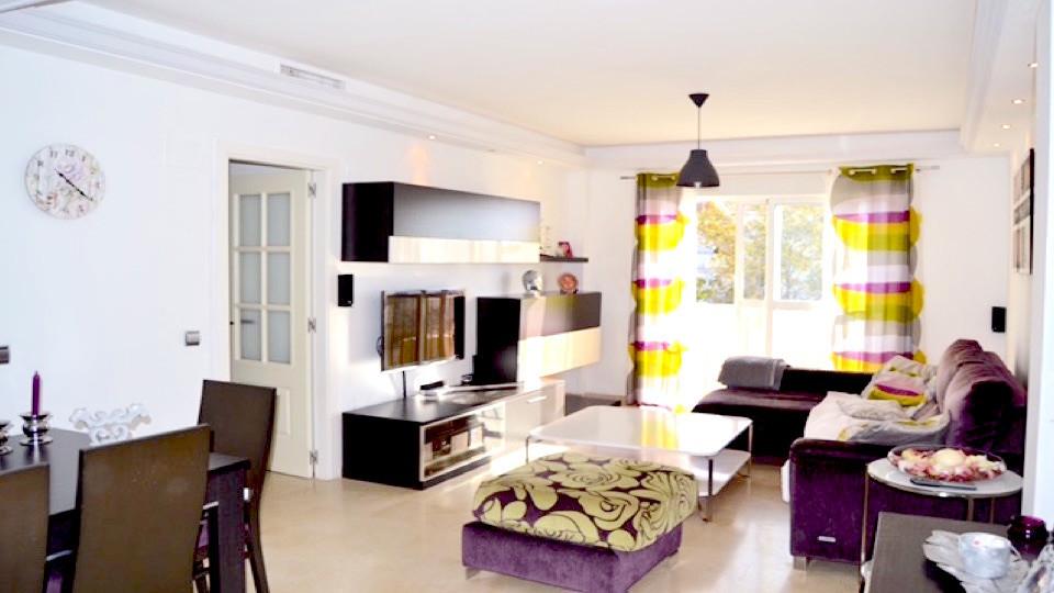 Middle Floor Apartment, Cancelada, Costa del Sol. 3 Bedrooms, 2 Bathrooms, Built 105 m², Terrace 10 ,Spain