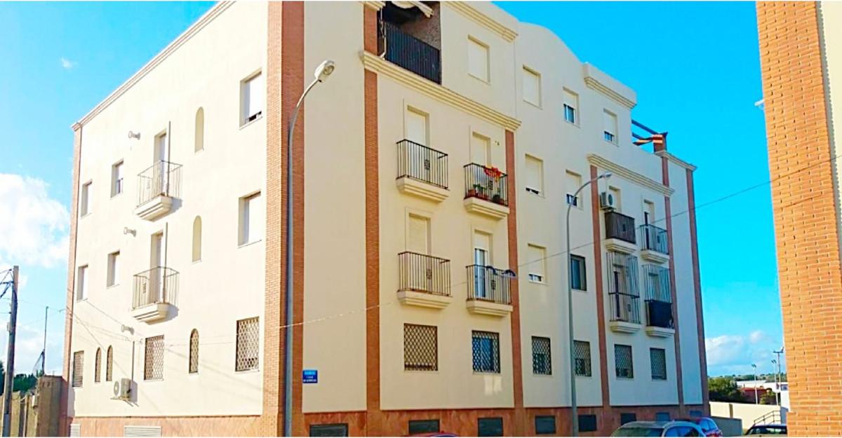Middle Floor Apartment, La Linea, Costa del Sol. 3 Bedrooms, 2 Bathrooms, Built 88 m², Terrace 3 m².,Spain