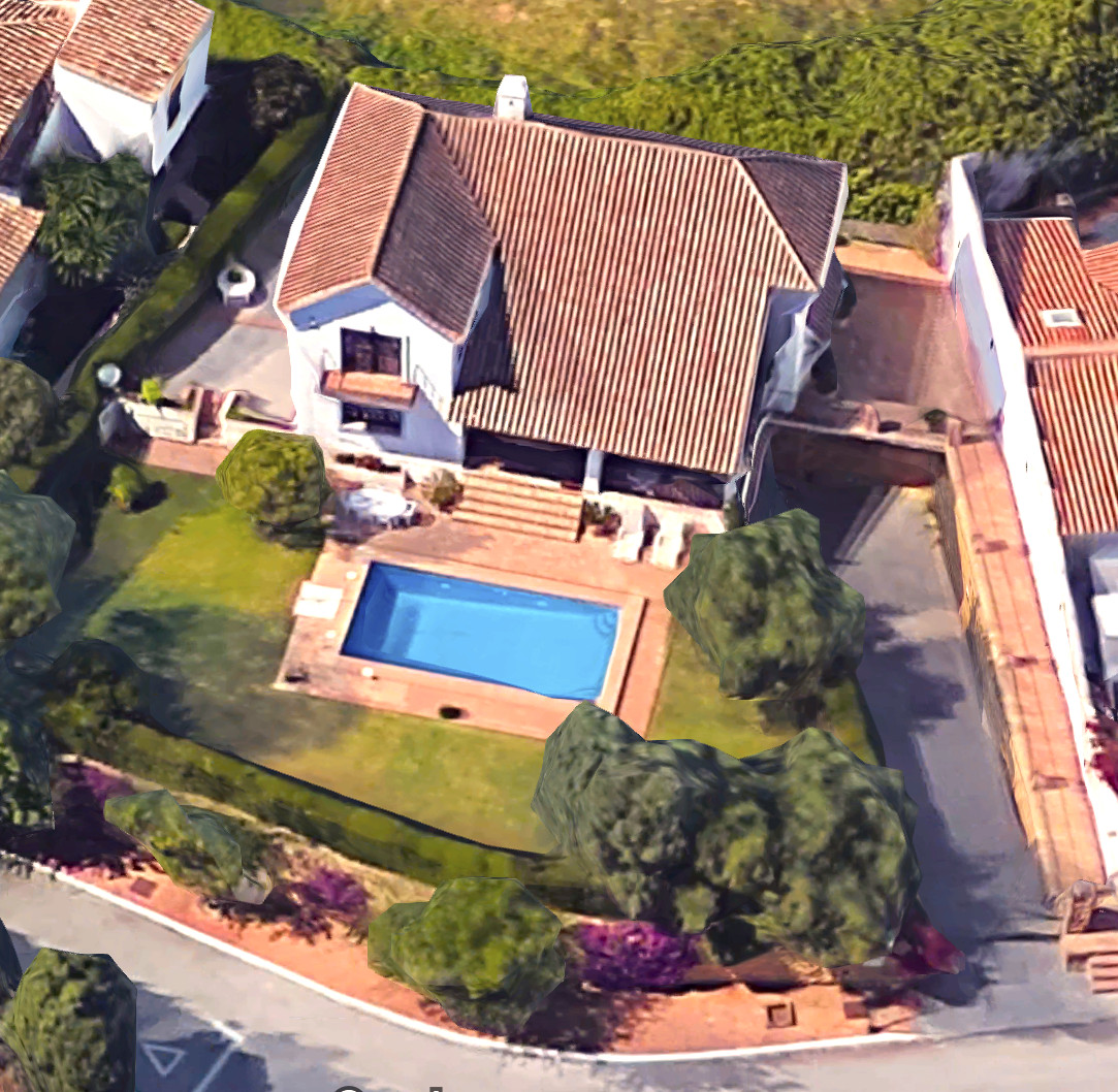 This classic Mediterranean villa is located in a safe and very private area but at the same time is ,Spain