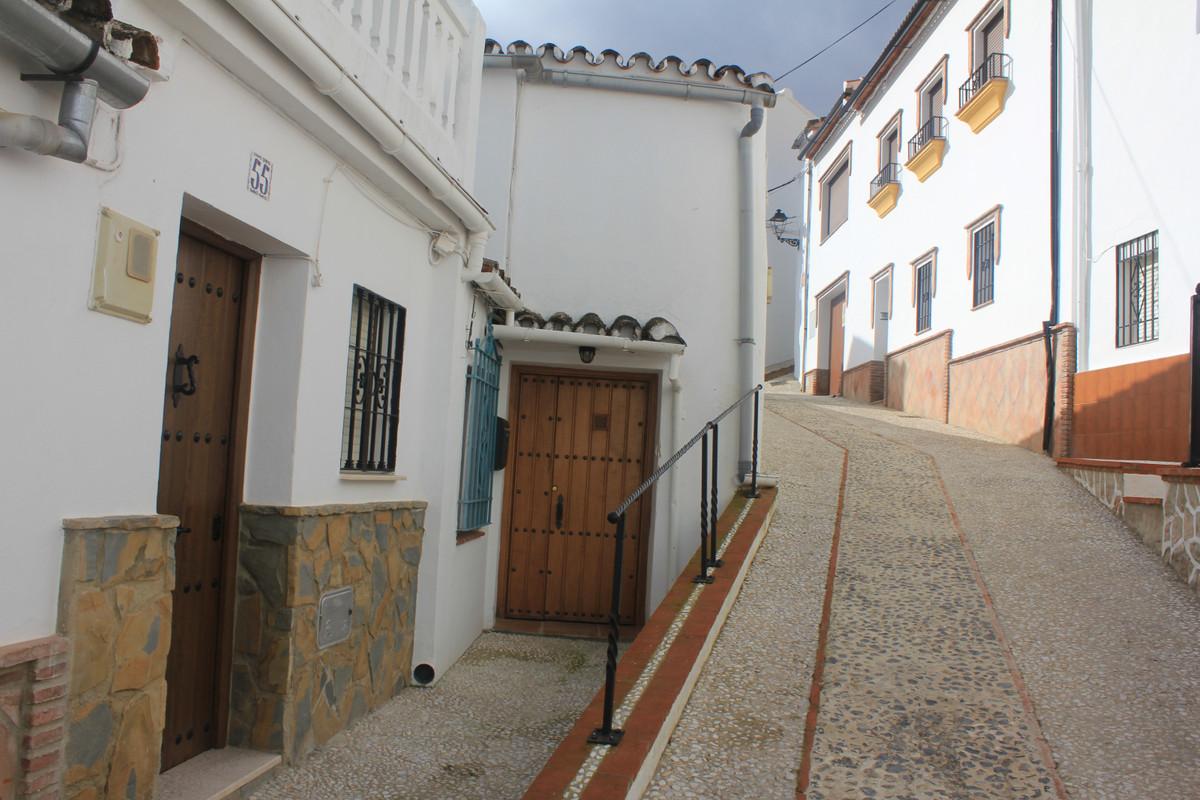 Townhouse, Terraced  for sale    en Benaoján