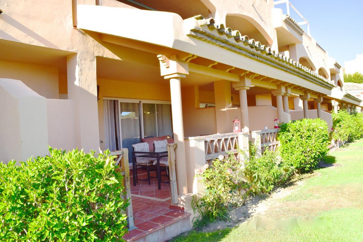 R2954405 Apartment Elviria, Málaga, Costa del Sol