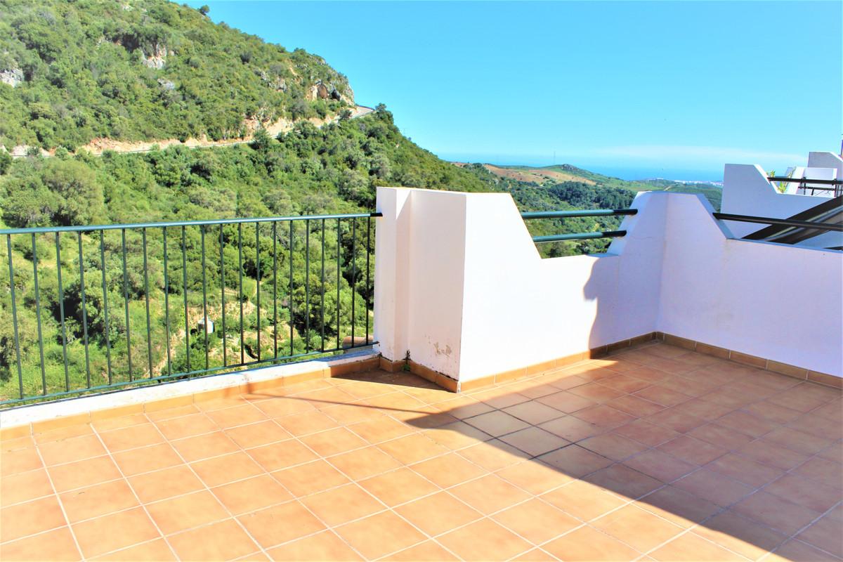 Villa, Semi Detached  for sale    en Casares