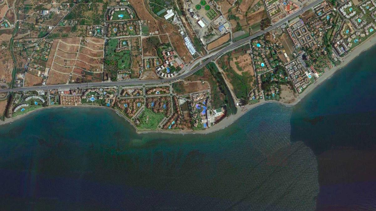 IN DEVELOPMENT - LAND DEVELOPMENT IN FRONTLINE , FRONT SEA .  No matter described in the General Pla,Spain