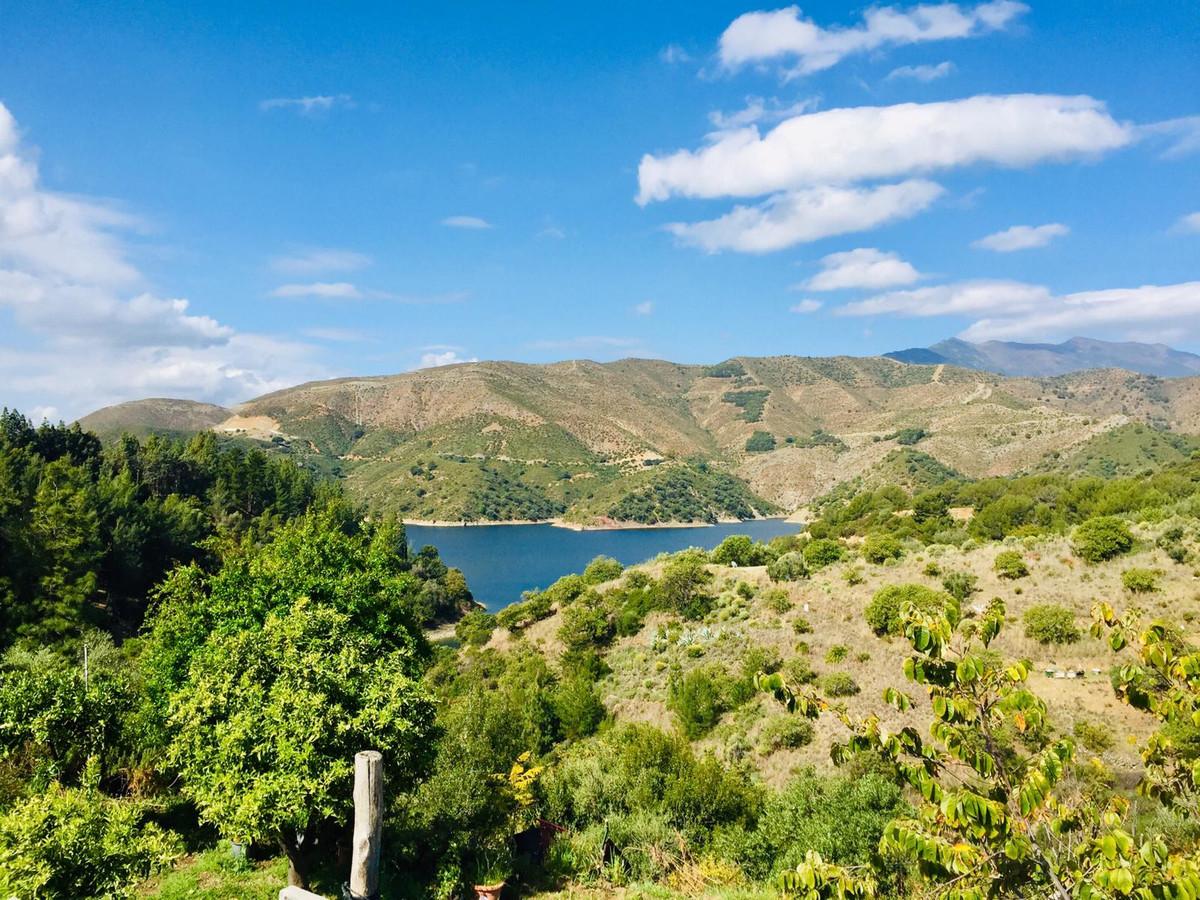 Land, Istan, Costa del Sol. Garden/Plot 8200 m².  Setting : Mountain Pueblo, Close To Town.,Spain