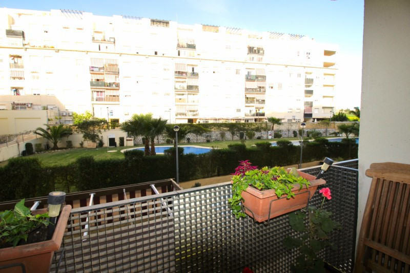 Apartamento con 4 Dormitorios en Venta Nueva Andalucía