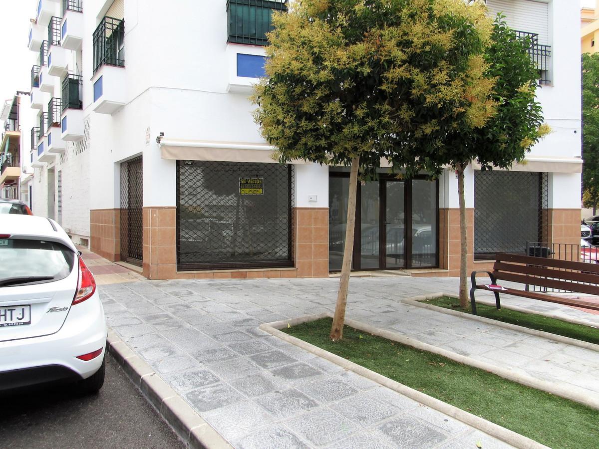 Shop, San Pedro de Alcantara, Costa del Sol. 2 Bedrooms, 1 Bathroom, Built 112 m².  Setting,Spain