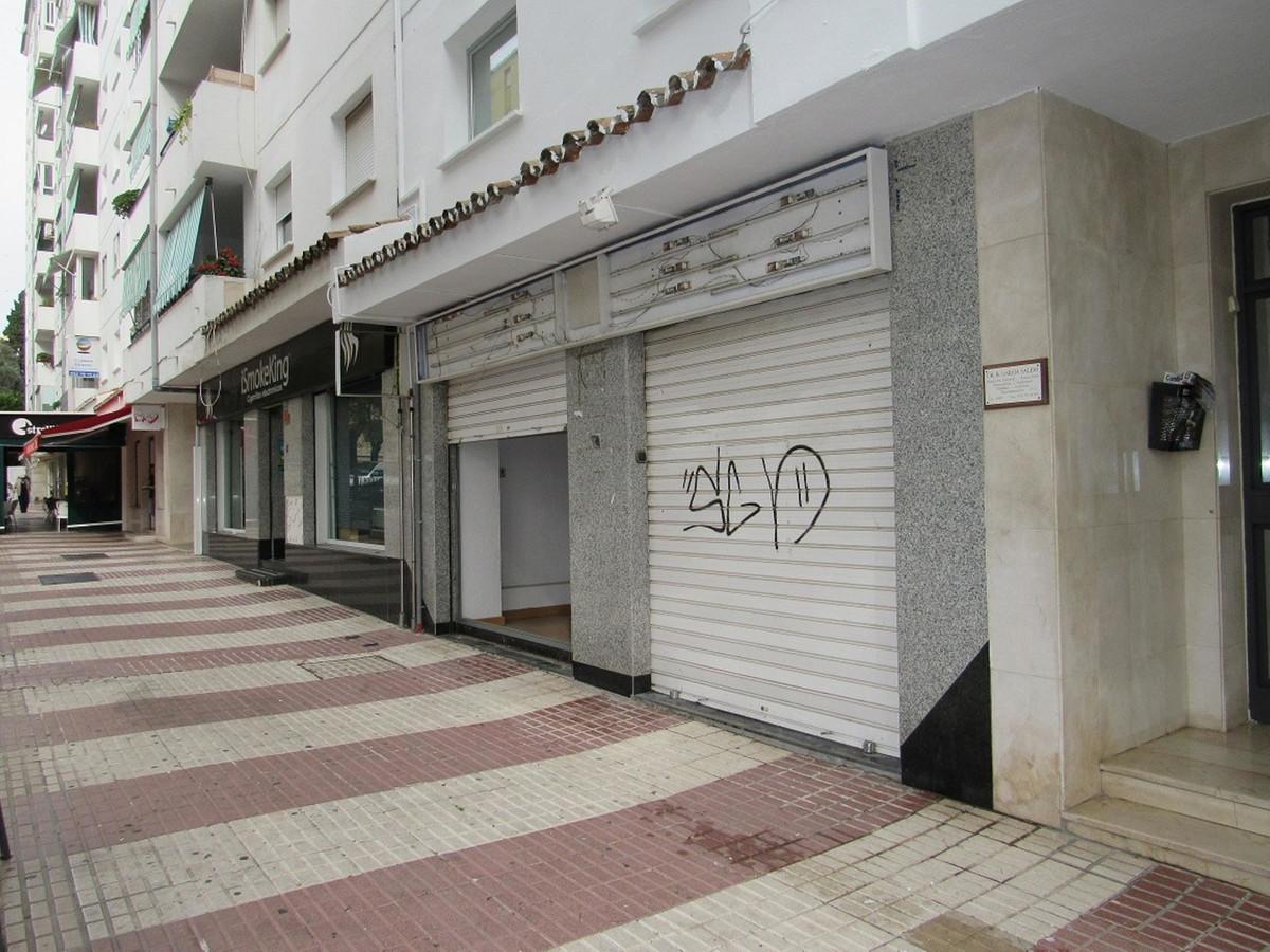 Commerce, Locaux Commerciaux  en vente    à San Pedro de Alcántara