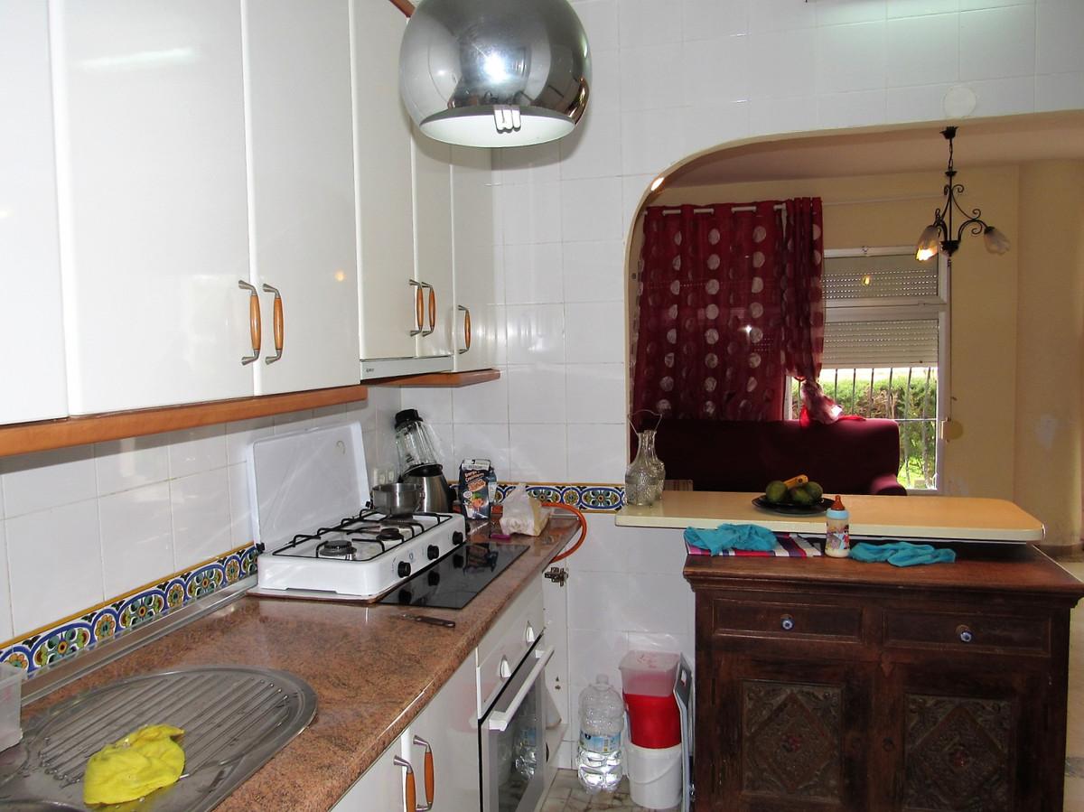 Apartamento con 2 Dormitorios en Venta San Pedro de Alcántara