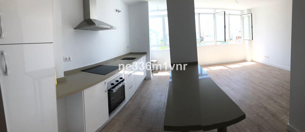 Middle Floor Apartment in Málaga