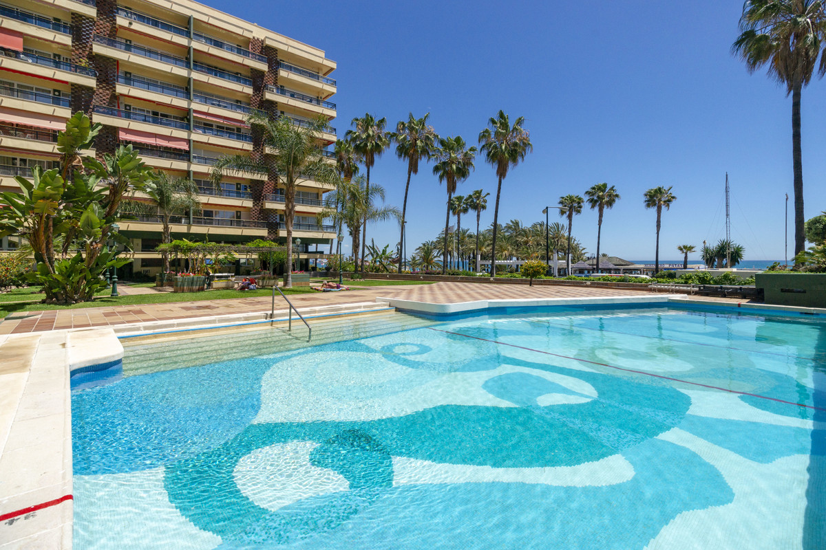 This sea facing apartment enjoys fabulous views of the beach and the Mediterranean. A cut above, the,Spain