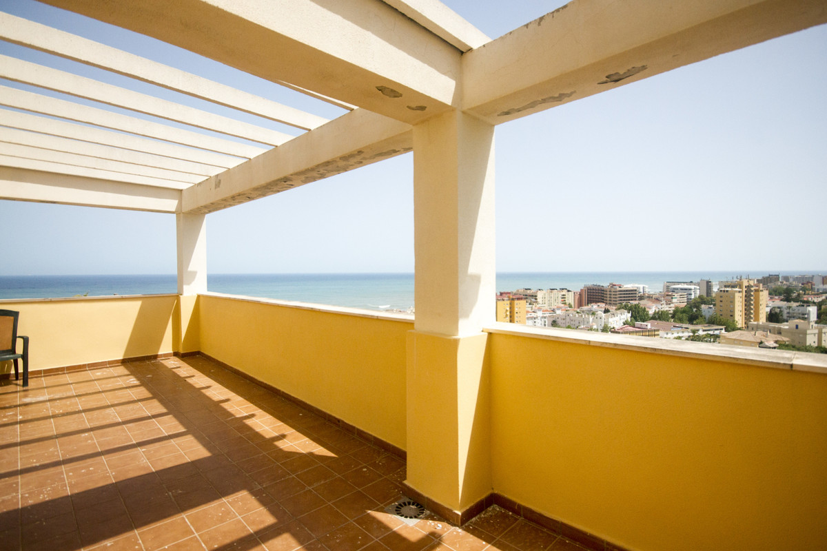 Apartment  Penthouse for sale   in Montemar