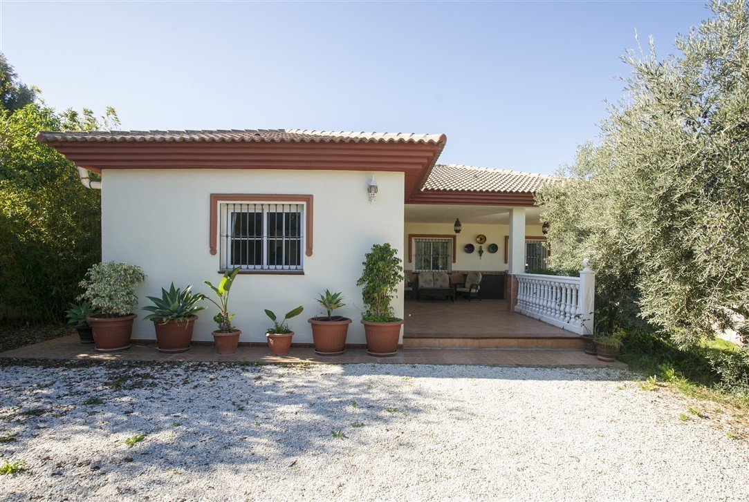 House in Alhaurín de la Torre R3013559 1
