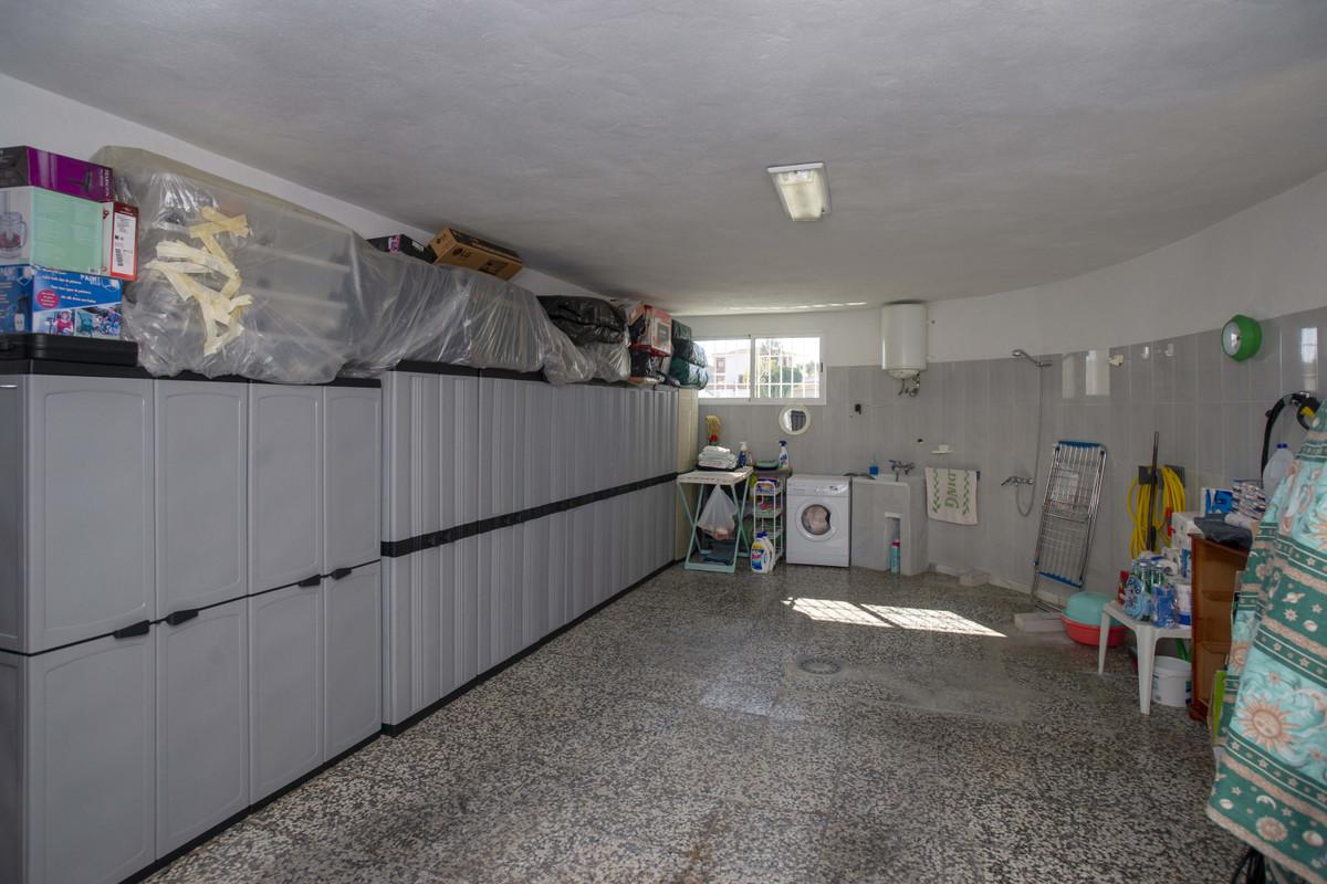 House in Arroyo de la Miel R3353566 33